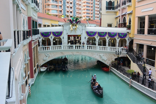 Venice Grand Canal, Taguig City